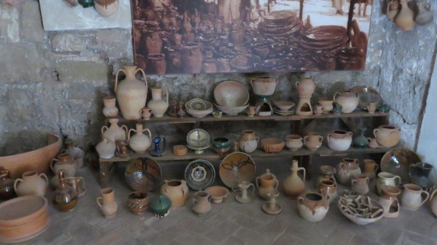 Poteries anciennes dans l'Alcazaba de Malaga