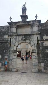 La porte de La ville de Trogir